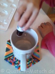 Seife mit Seifenfarbe färben