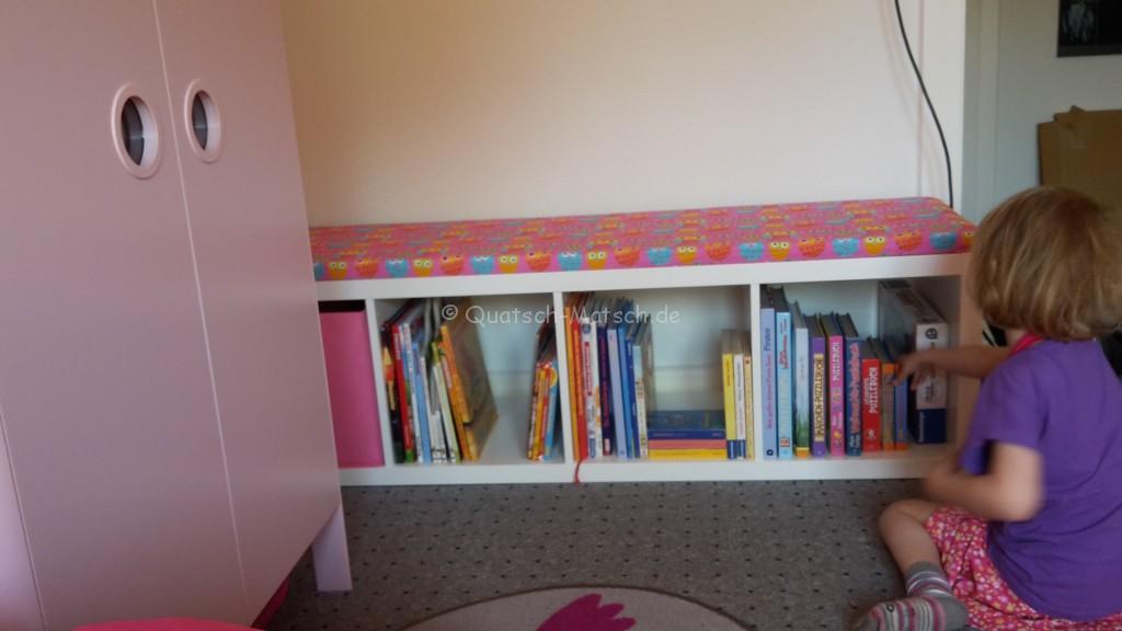 Sitzbank für Bücher