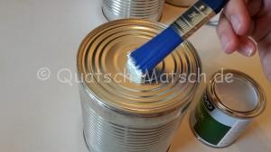 Dosen für Dosenwerfen anmalen serviettentechnik