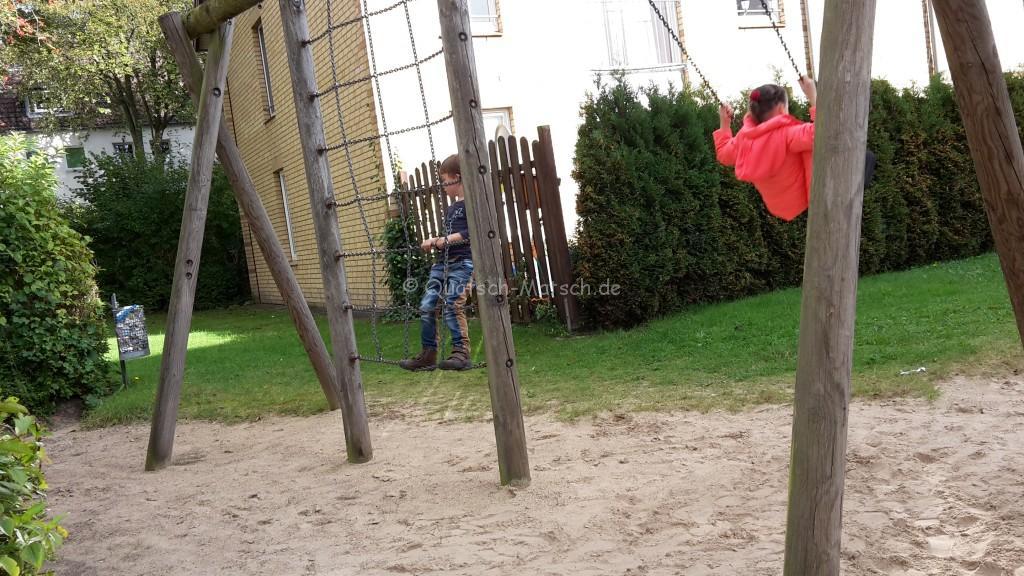 Draußen spielen Kindergeburtstag
