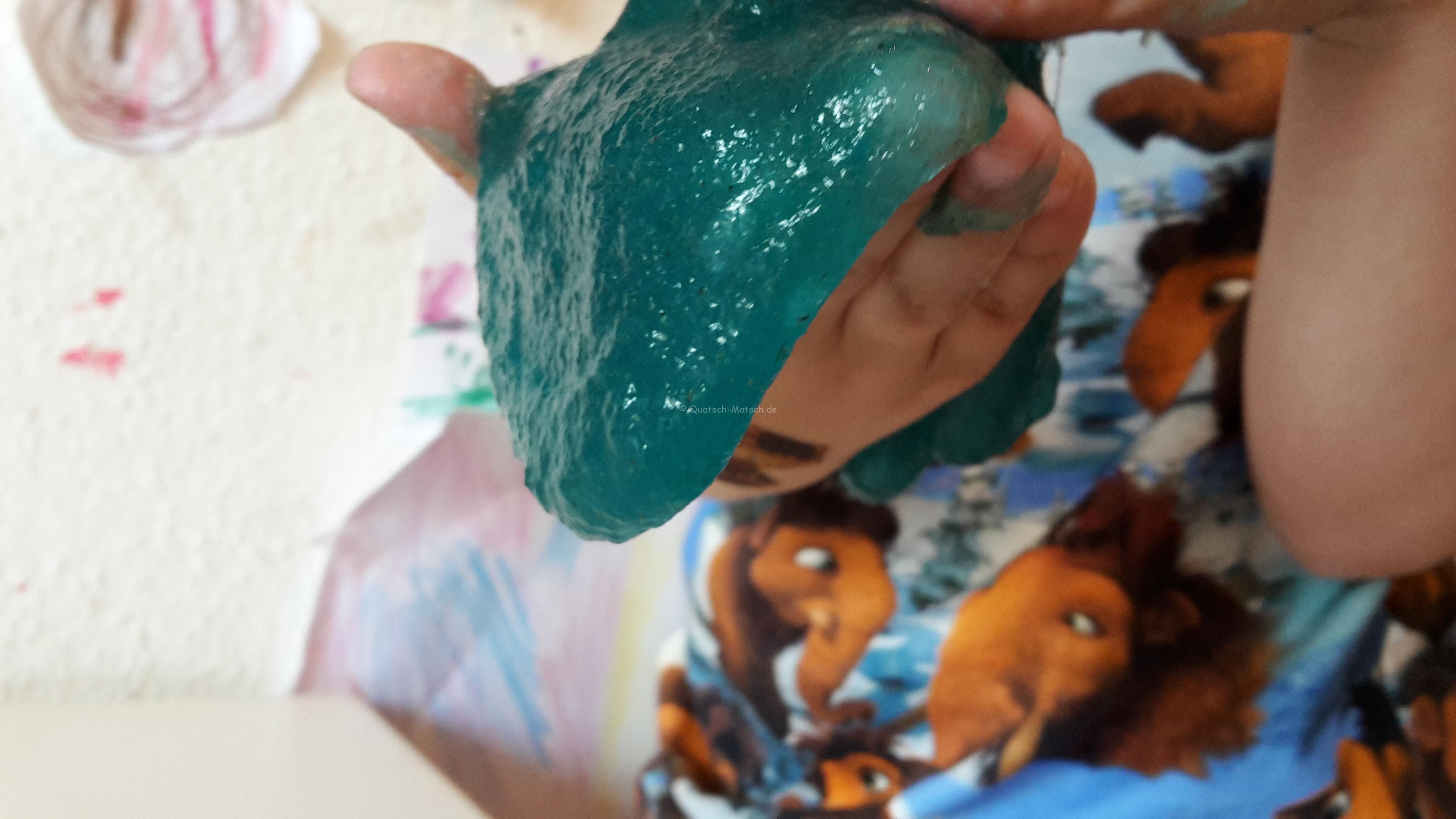 Slimy aus natürlichen Zutaten – DIY