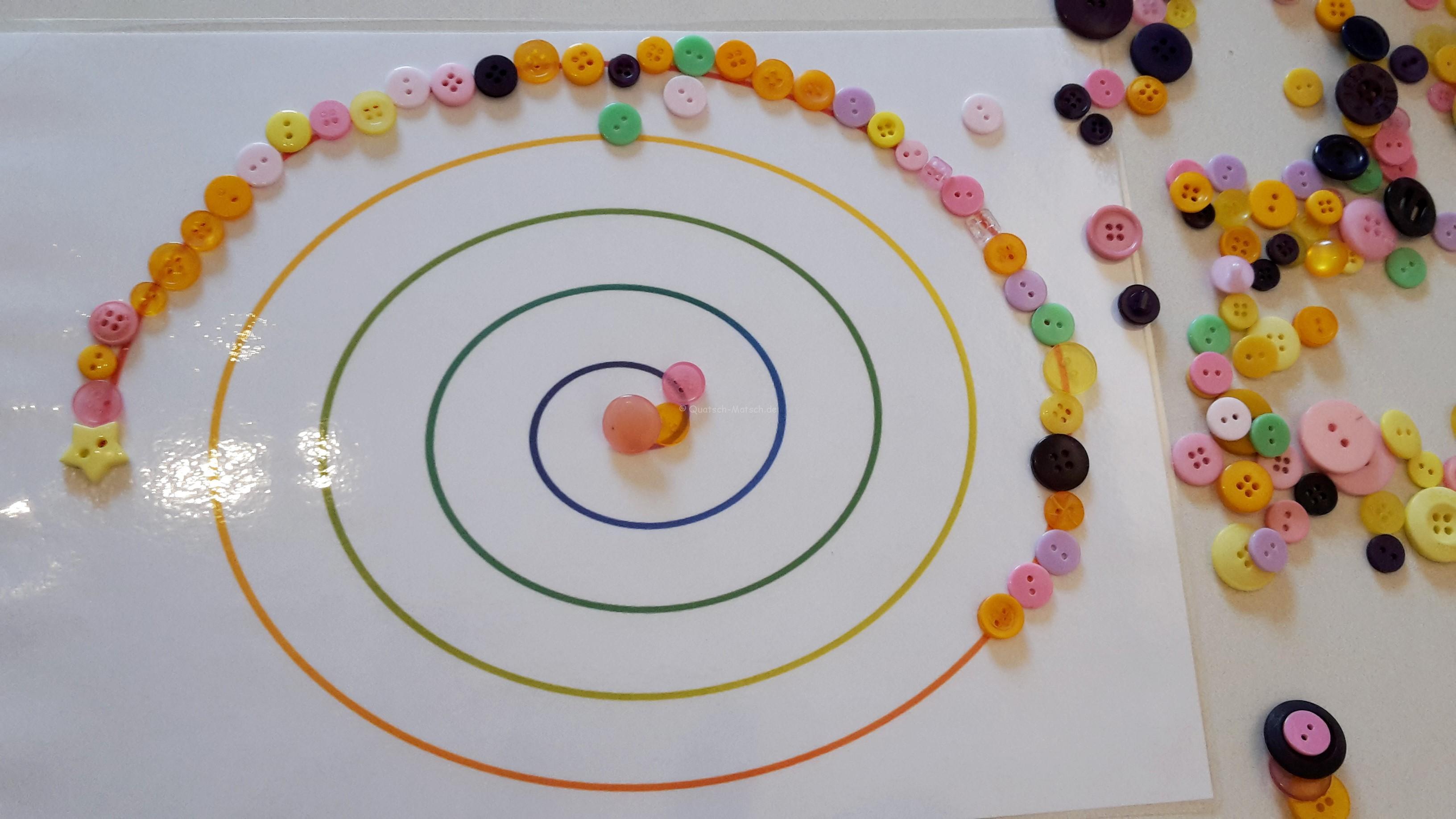 Muster nachlegen – Montessori