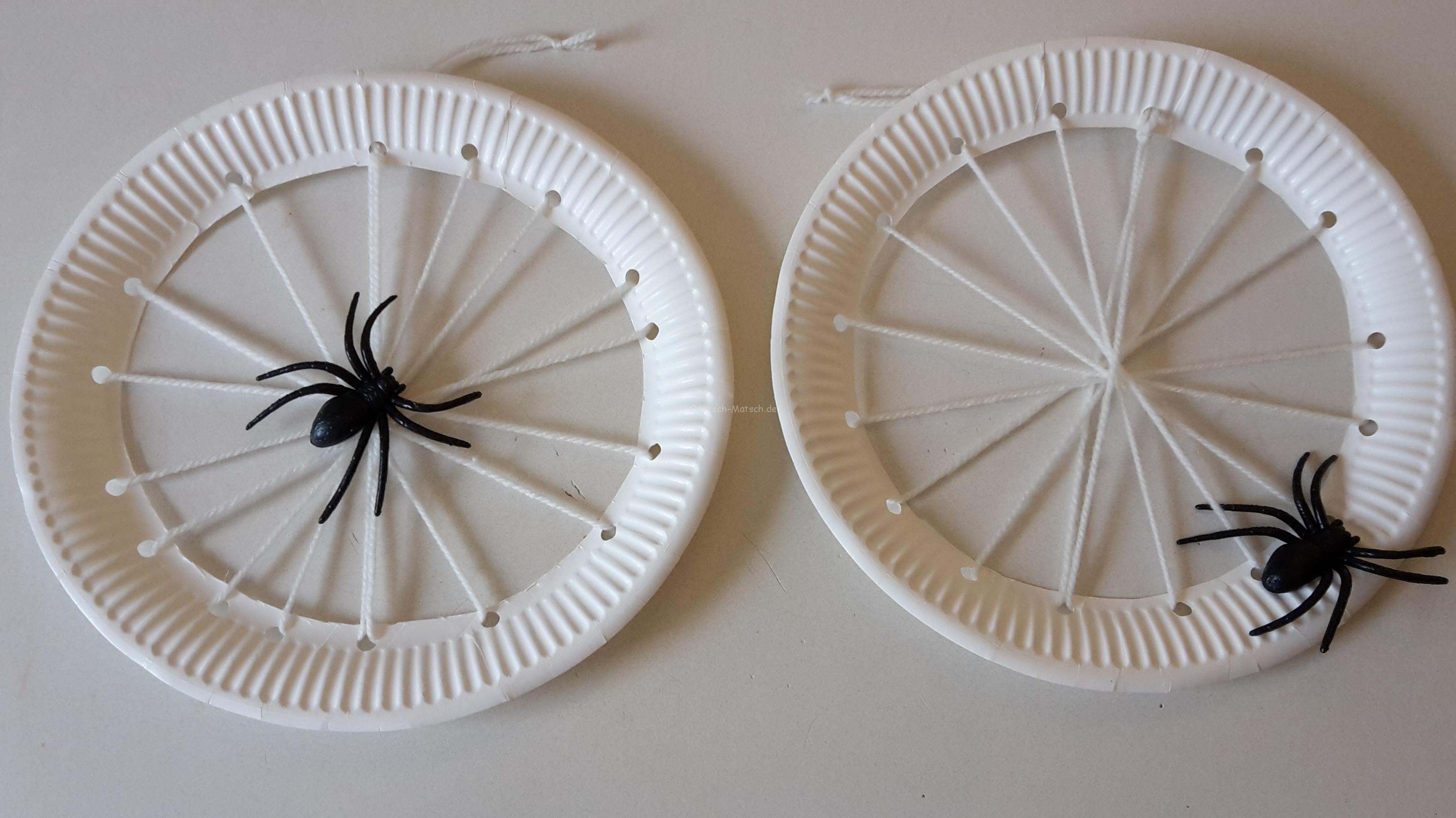 Spinnennetz aus Papptellern – DIY