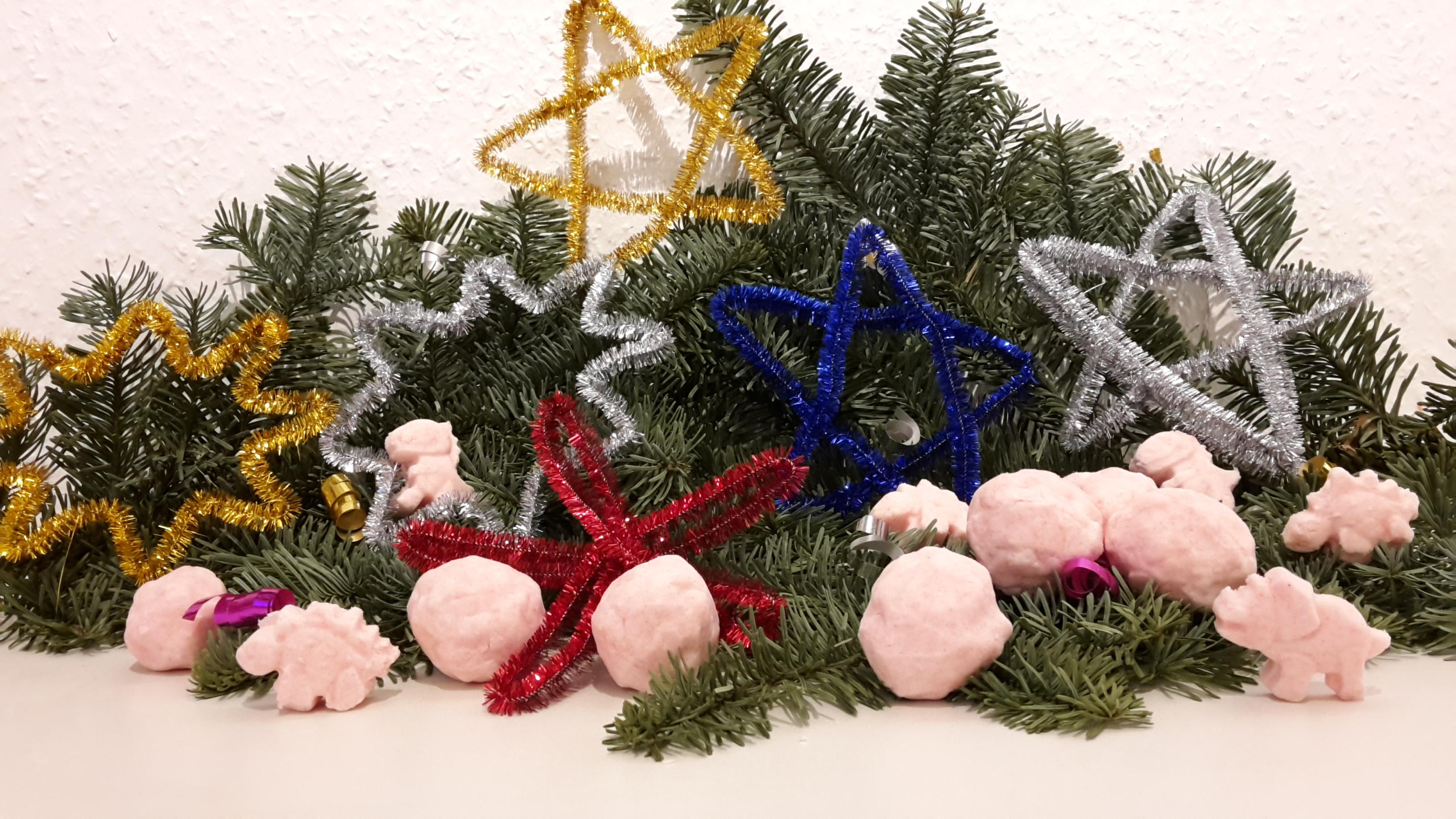 Badekugeln und Wickelsterne – Geschenke für Weihnachten