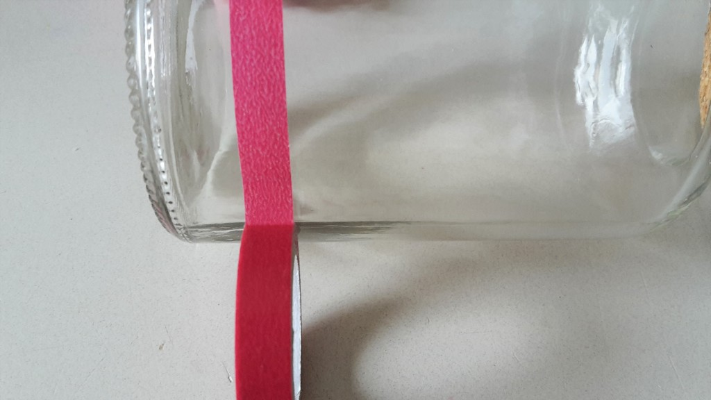 farben sortieren in flaschen montessori der familienblog f r kreative eltern. Black Bedroom Furniture Sets. Home Design Ideas