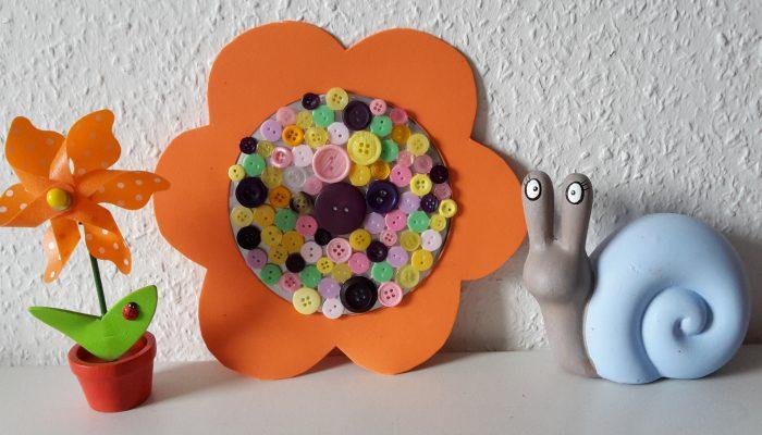 Frühlingsblumen aus Knöpfen – Upcycling
