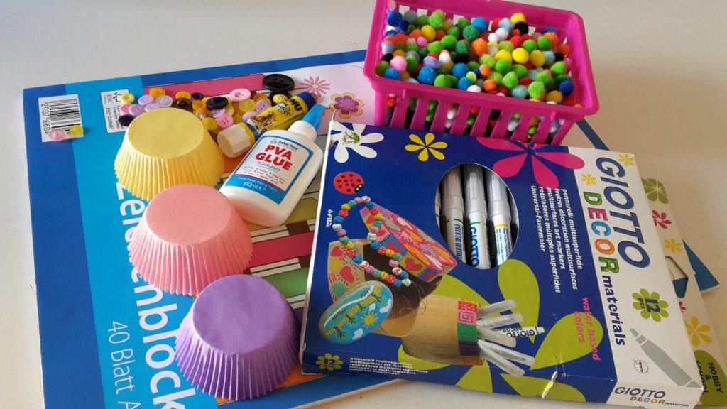 Fruhlingsbild Mit Muffinformchen Basteln Mit Kindern Der