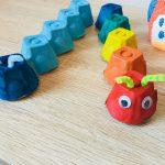 Raupen aus Eierkarton – Basteln mit Kindern