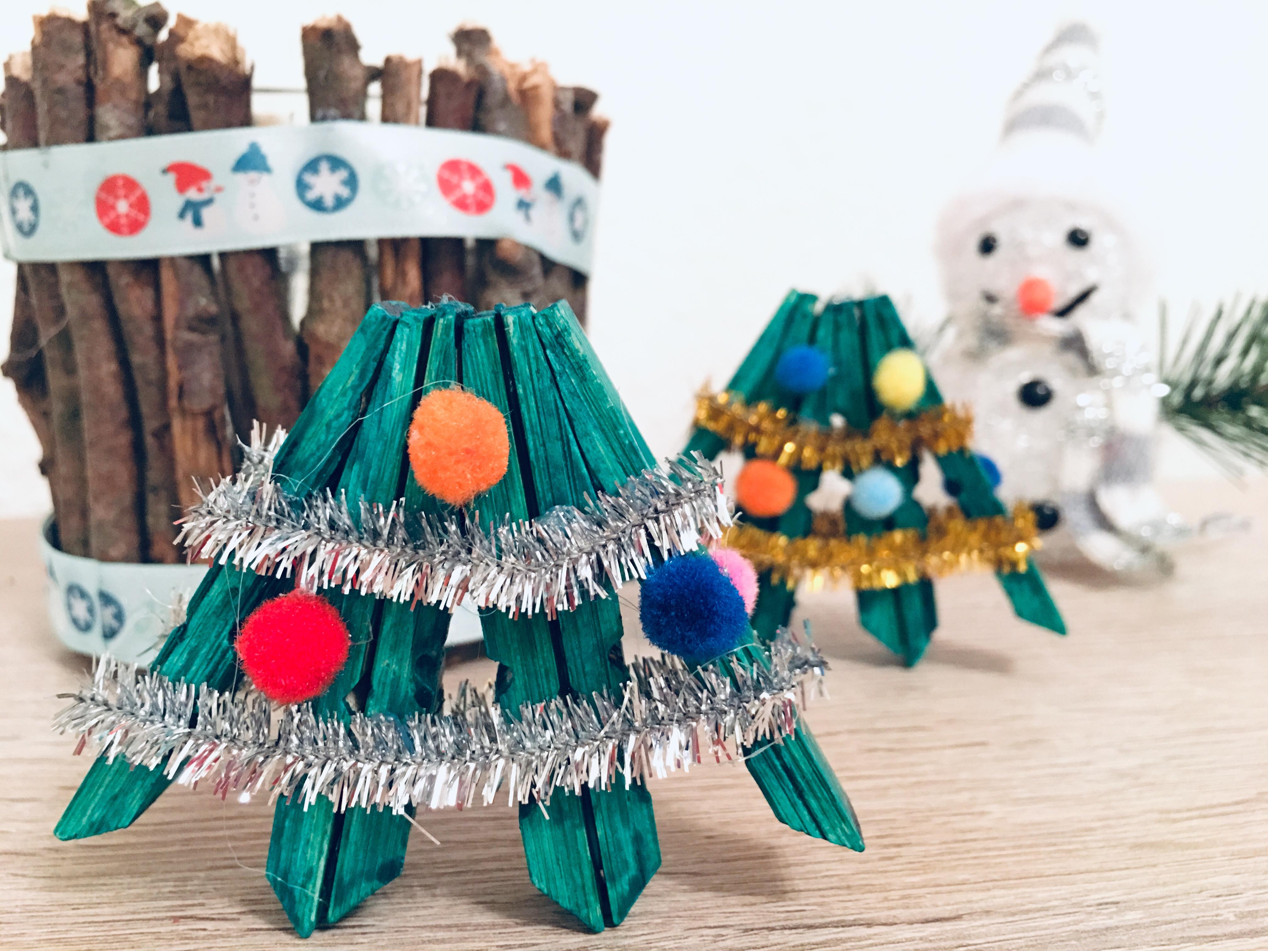 Weihnachtsbaum Aus Wascheklammern Basteln Fur Weihnachten Der