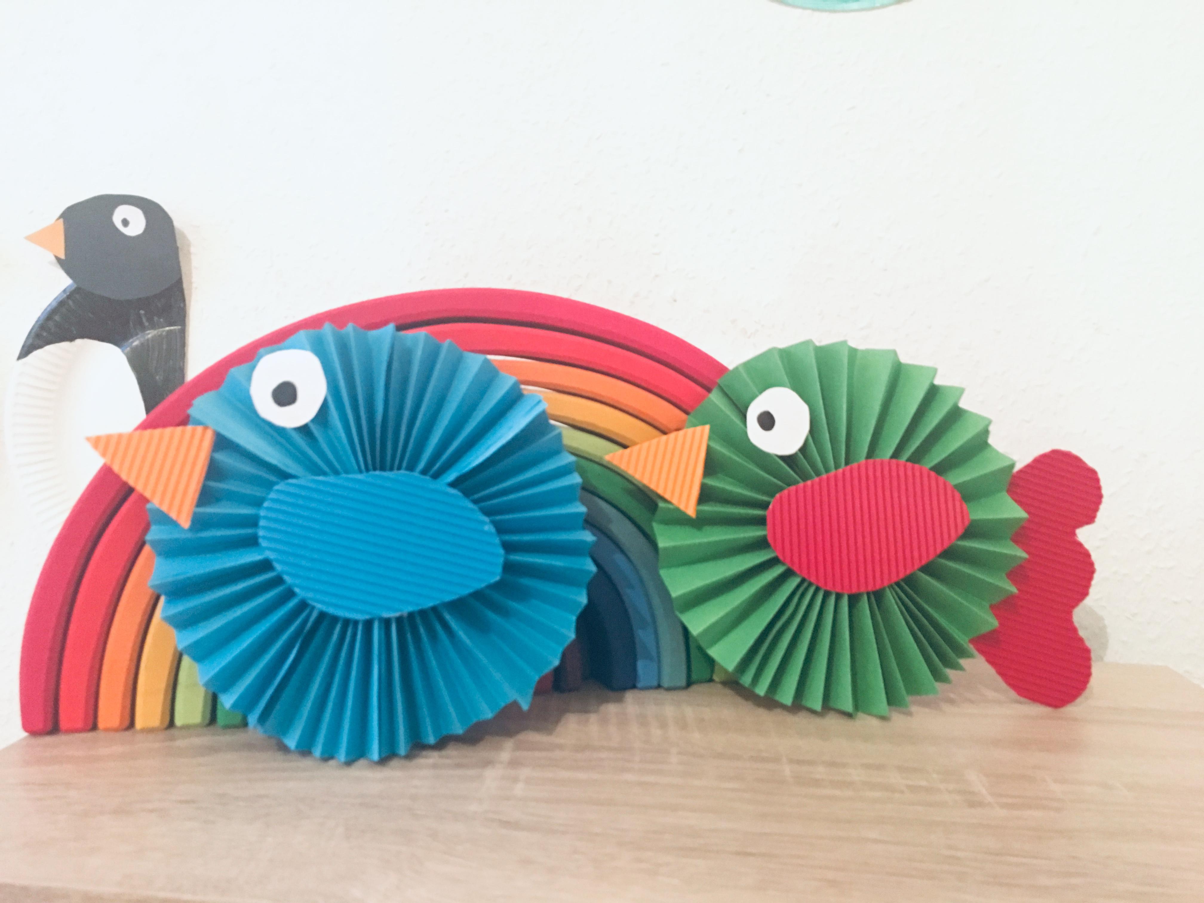 Weihnachtsbasteln Papier.Bunte Vögel Aus Papier Falten Basteln Mit Kindern Der