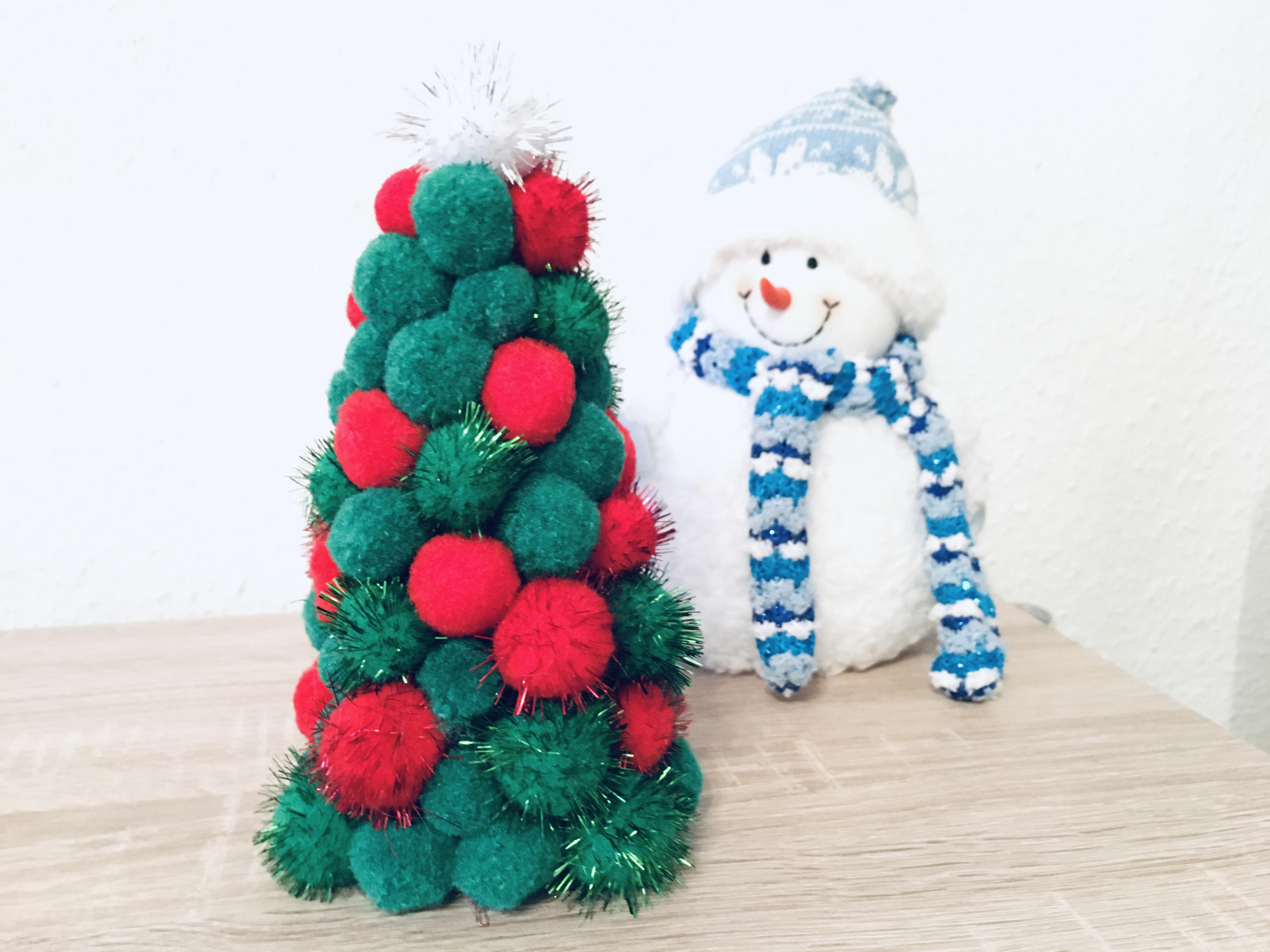 Weihnachtsbaum Aus Pompoms Basteln Mit Kindern Der
