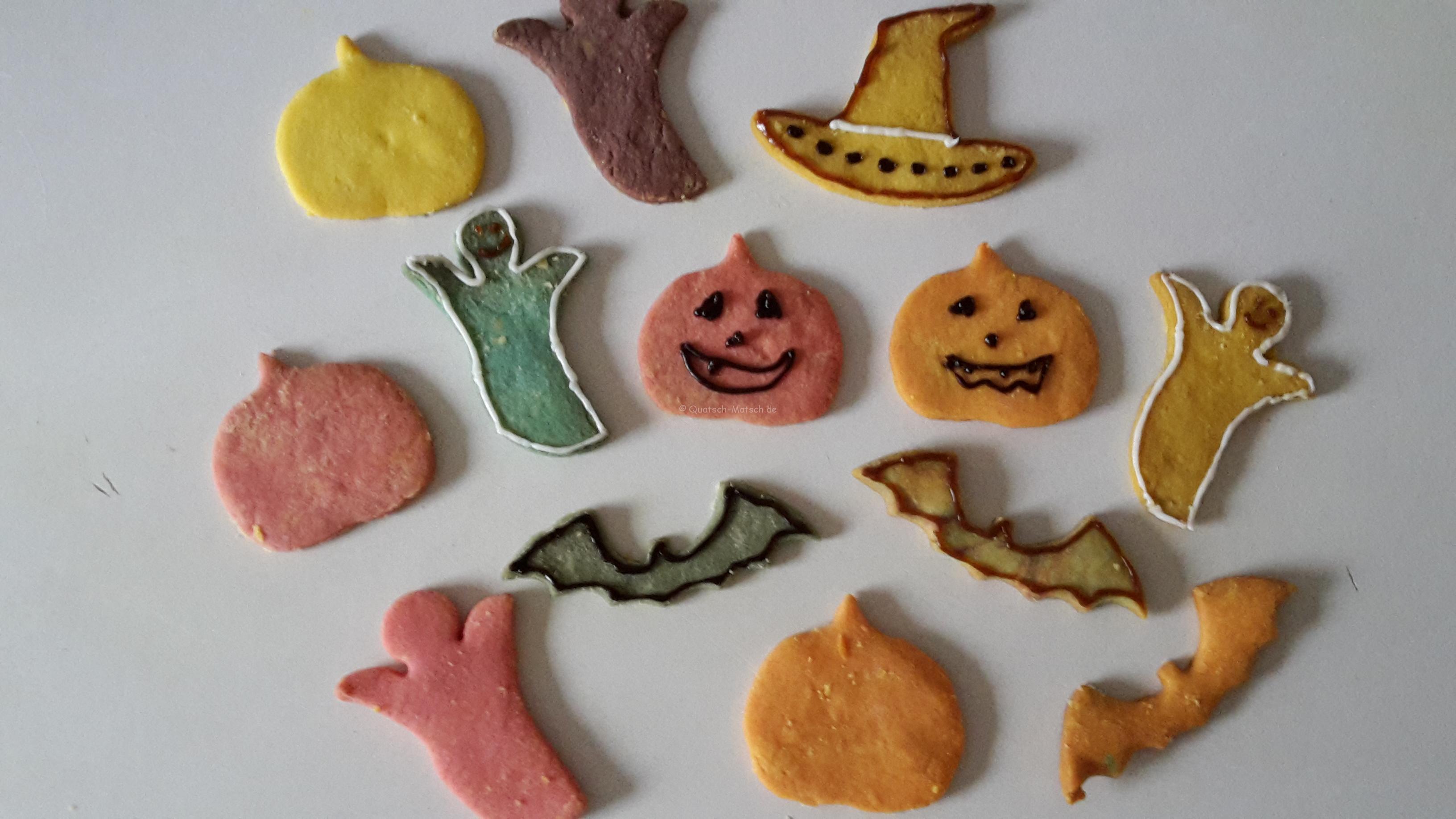 Bunte Halloweenkekse