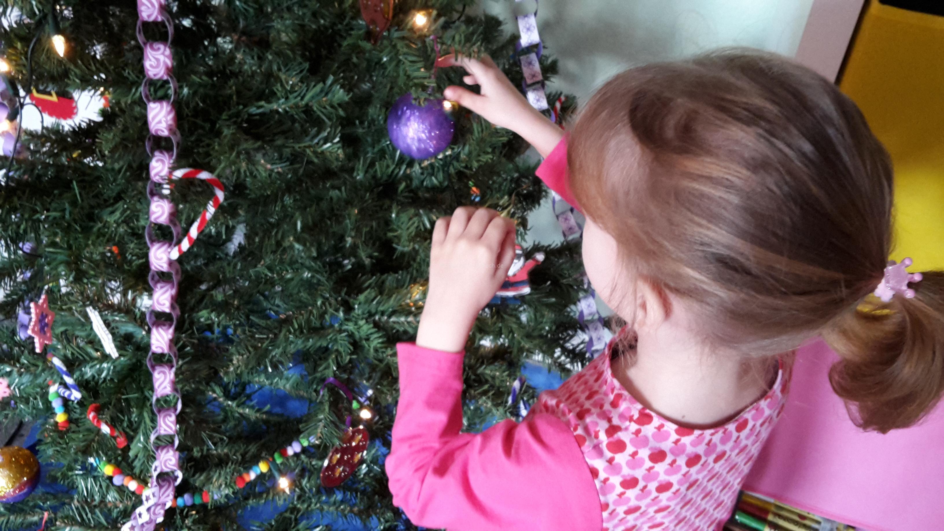 Schmuck für den Weihnachtsbaum Teil III