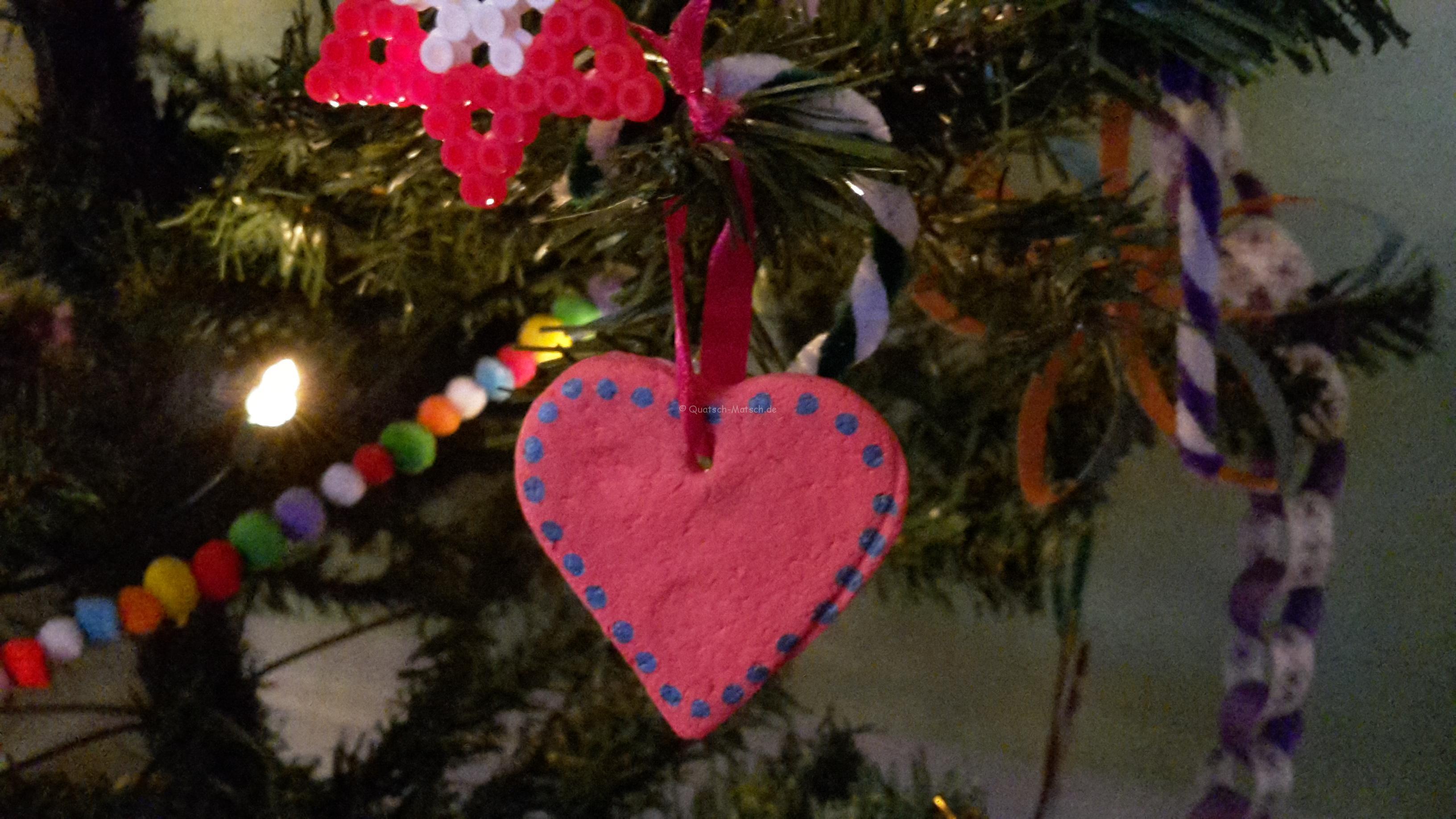 Schmuck für den Weihnachtsbaum Teil V