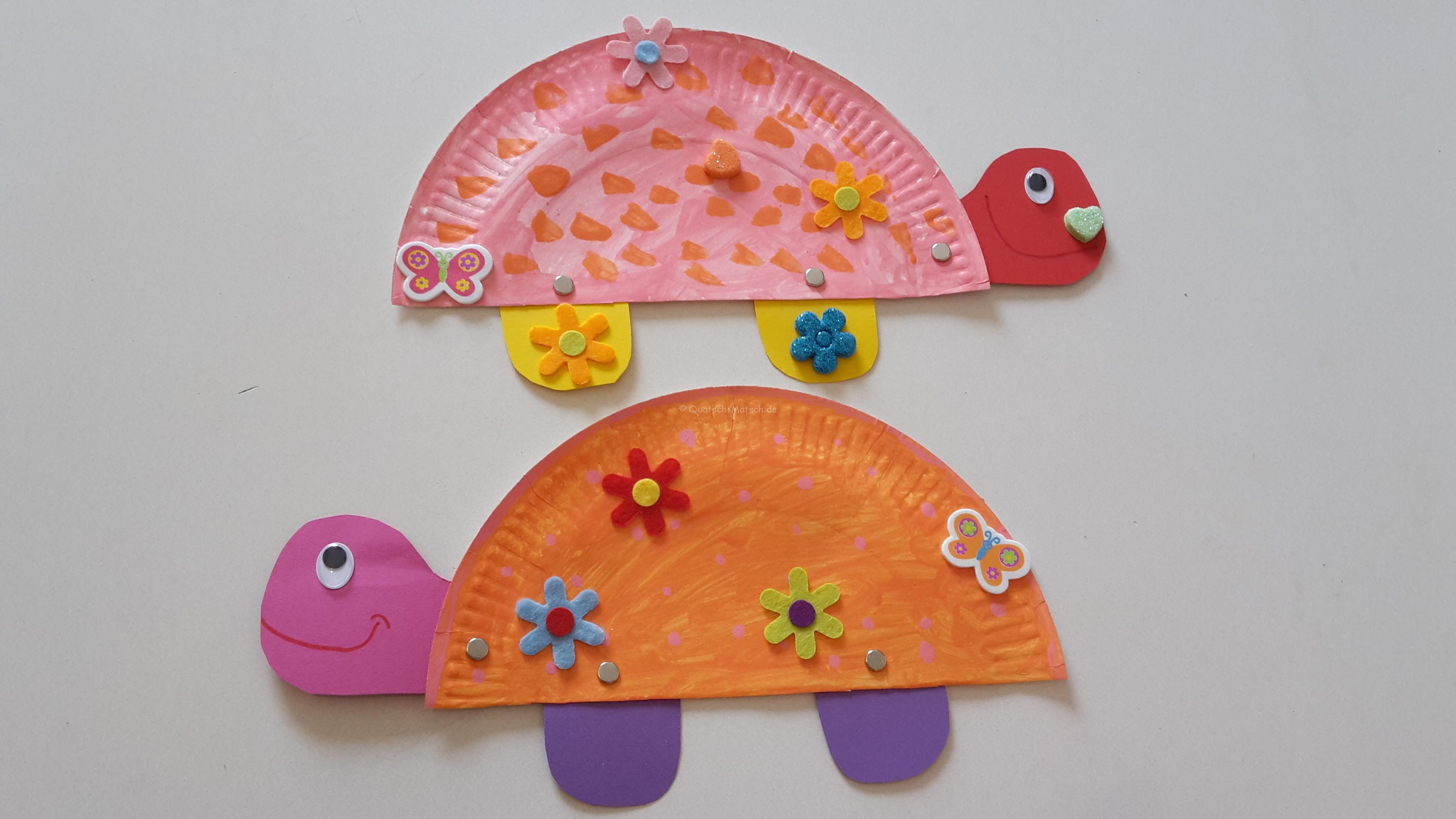 Schildkröte aus Papptellern basteln