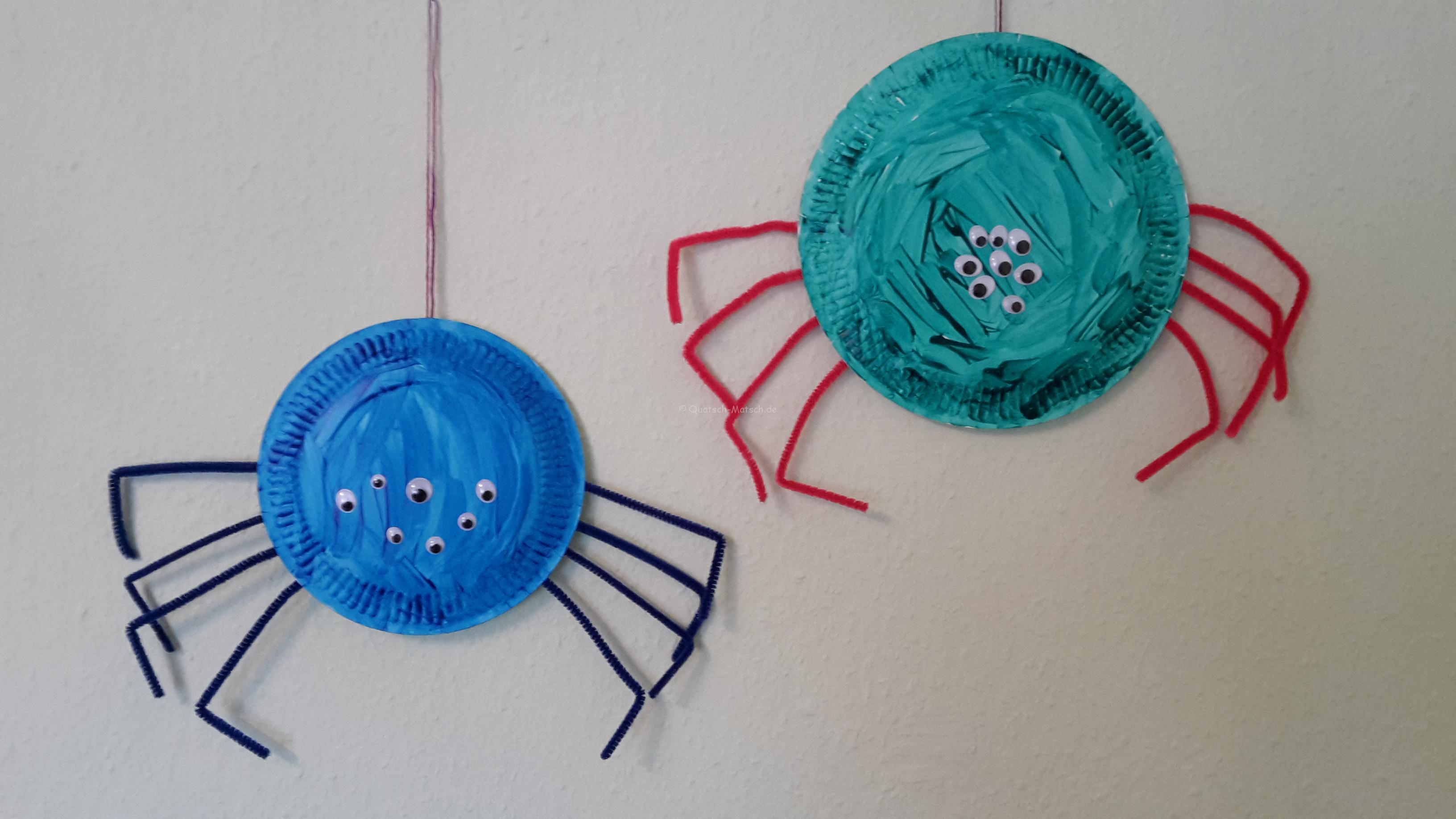 Spinnen aus Pappteller basteln