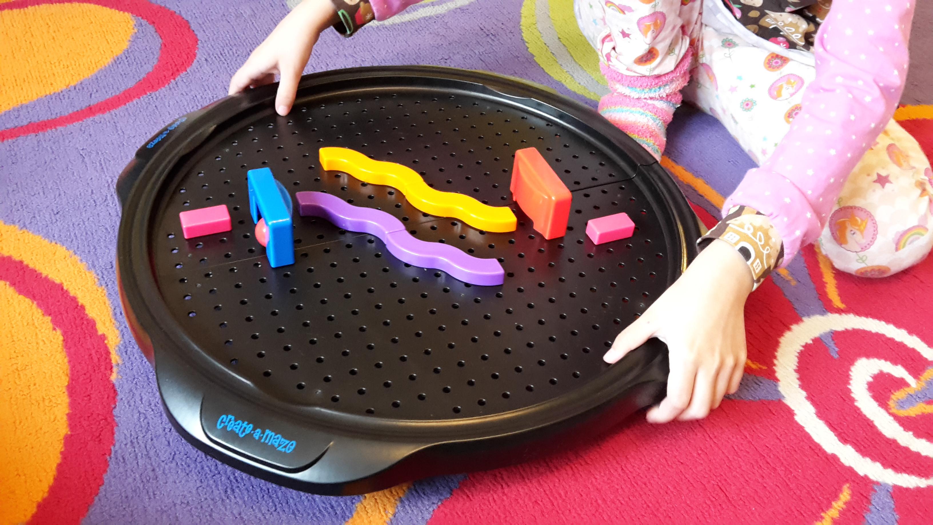 Create a Maze – Balancier Kugelbahn