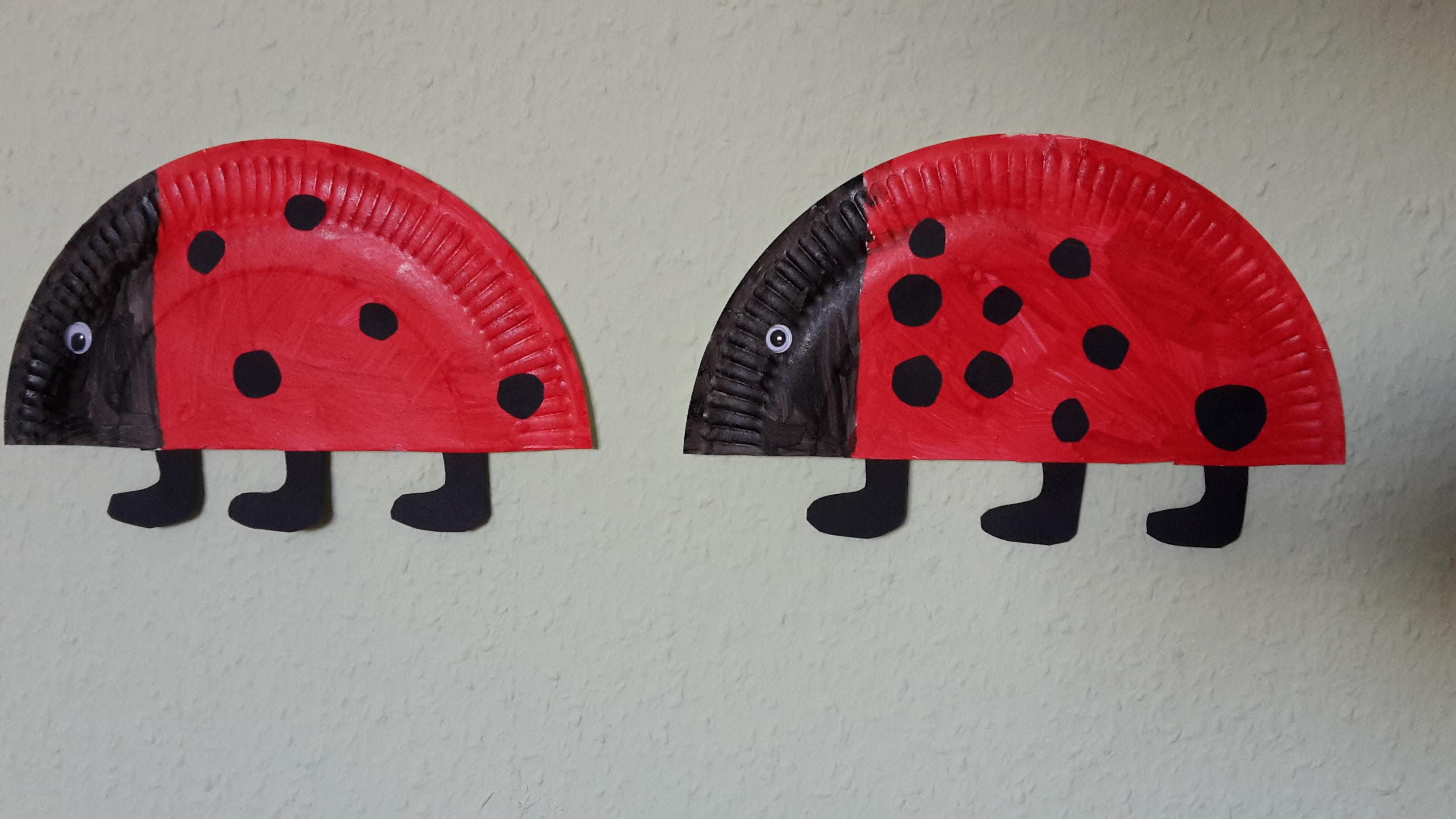 Marienkäfer aus Papptellern basteln