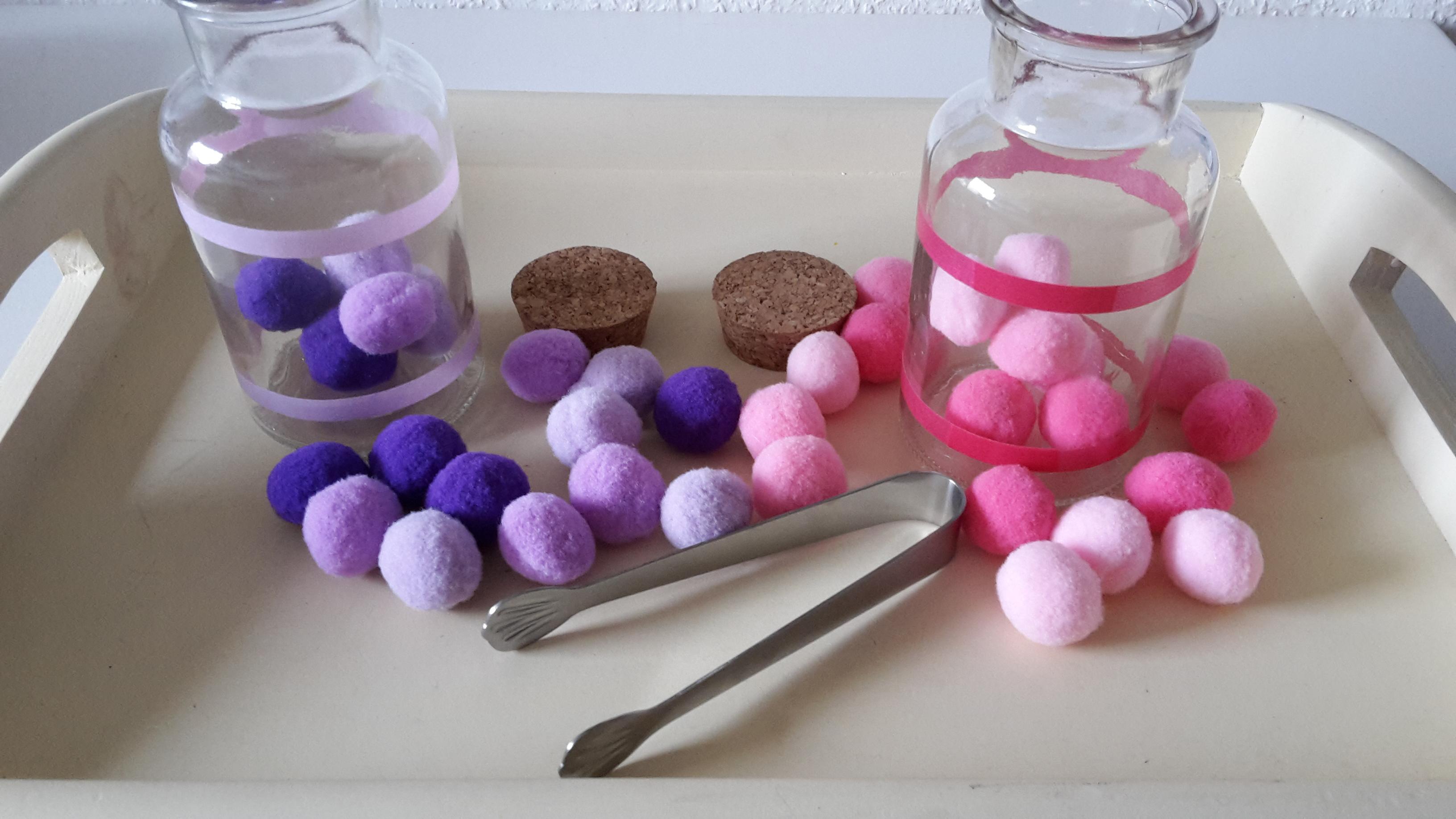 Farben sortieren in Flaschen – Montessori