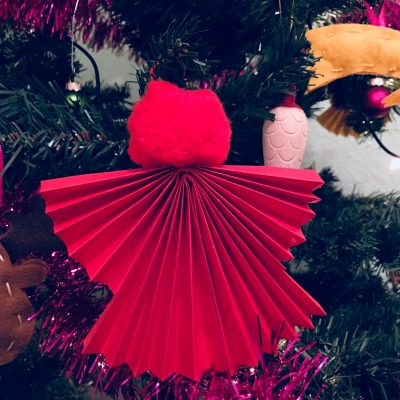 Engel für den Weihnachtsbaum – Basteln mit Kindern