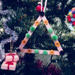Weihnachtsbaum ist Eisstielen – Basteln mit Kindern