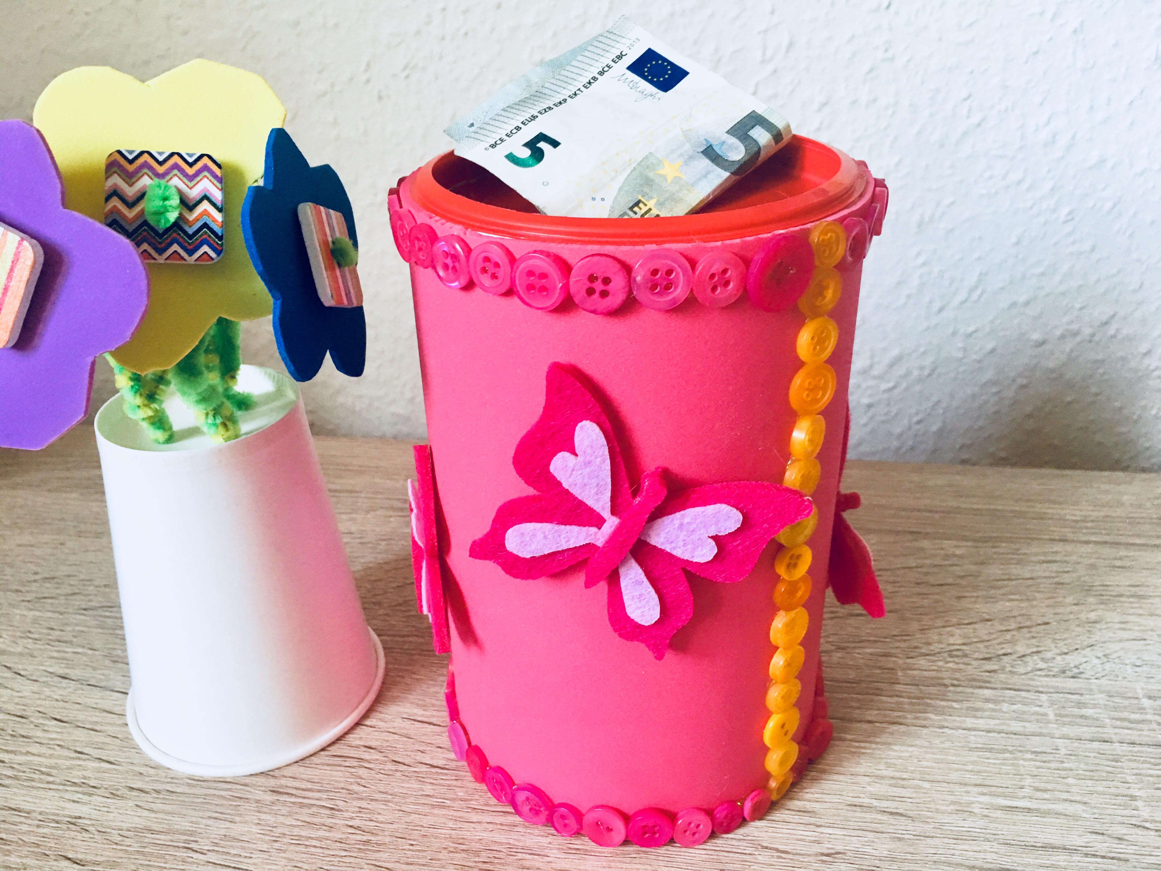 Super Spardose Basteln - Upcycling   Der Familienblog für kreative Eltern JD91
