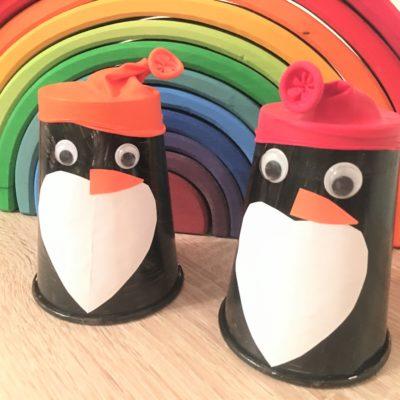 Pinguine aus Pappbecher – Basteln mit Kindern
