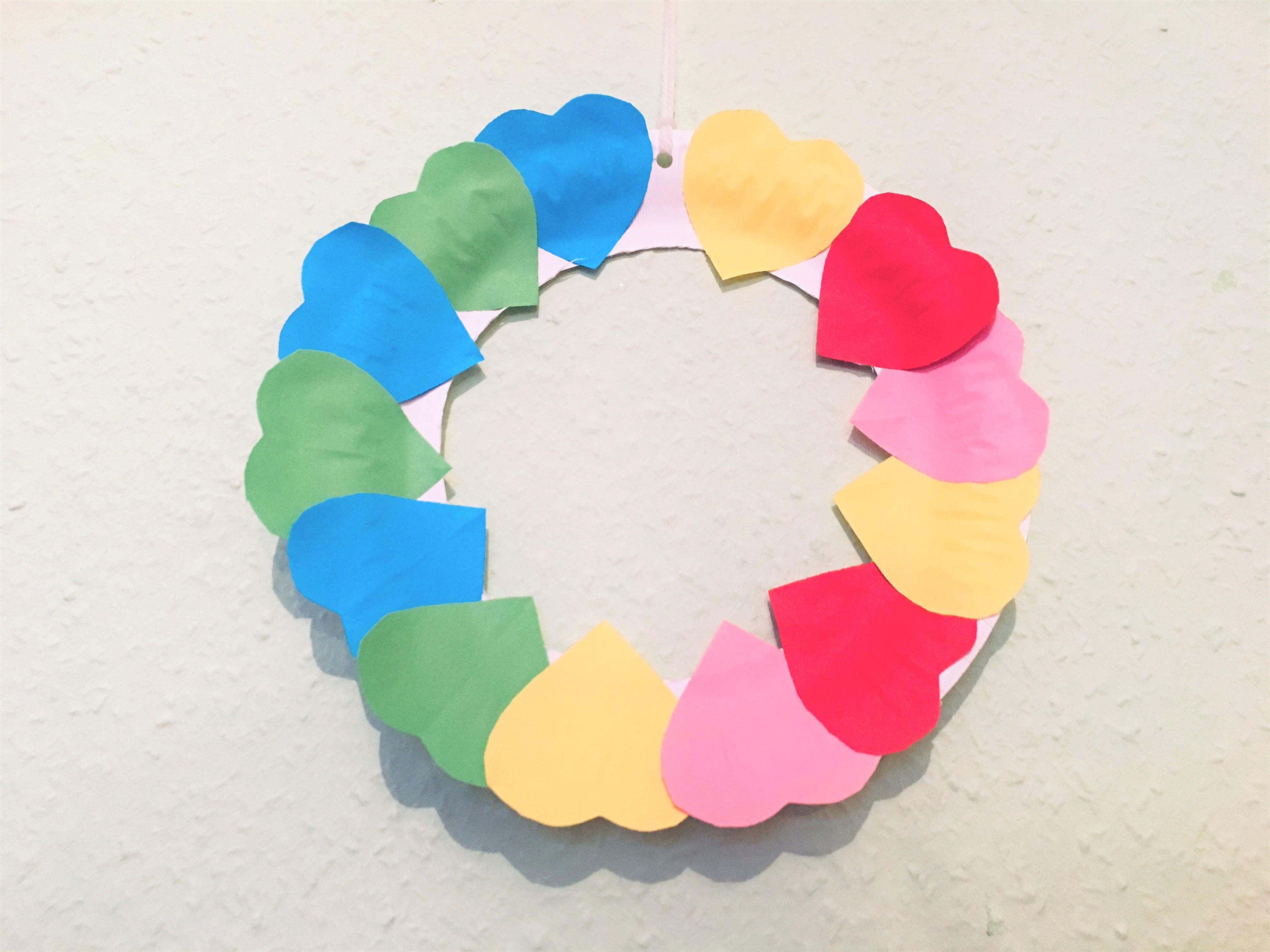 Bevorzugt Herzkranz aus Papier - Basteln für die Liebe   Der Familienblog IR76