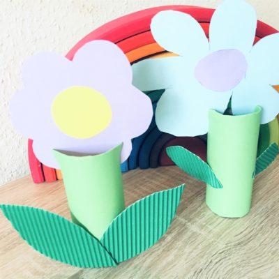 Blumen aus Toilettenpapierrollen – Basteln mit Kindern