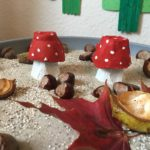 Fliegenpilze aus Eierkarton basteln – Basteln mit Kindern
