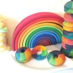 Regenbogen Donuts backen
